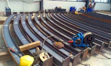 工字钢拱架连接板的快速切割及快速钻孔的方法